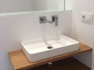 Modern bathroom by GokoStudio Modern