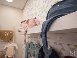 UmDóLiTá Quartos de criança escandinavos por sandra almeida arquitectura e interiores Escandinavo