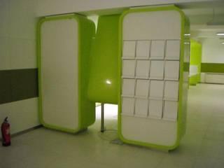 Balcão de atendimento ao Publico por Avilop, Equipamento e Decoração de Espaços Interiores, lda Moderno