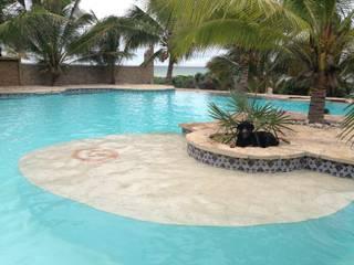 Pool by Merida Arquitectos, Tropical