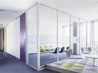 Minimalistische Arbeitszimmer von Raumplus Minimalistisch