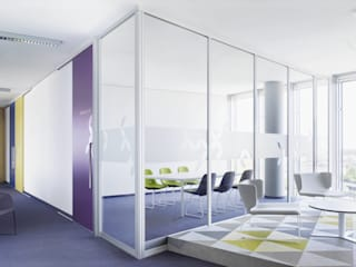 Minimalst style study/office by Raumplus Minimalist