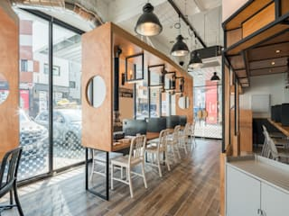 G:BRO 지브로 : atelierBASEMENT의  레스토랑
