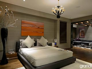 Villas Modern style bedroom by Grandeur Interiors Modern