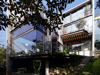 Modern houses by grupoarquitectura Modern