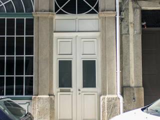 Remodelação de edificio Rua Comercio do Porto_Porto by miguel lima amorim - arquitecto - arquimla