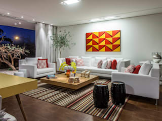 fatto arquitetura Modern living room