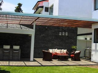 Terraza : Terrazas de estilo  por Spazio3Design