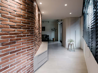 永和江宅 隨意取材風玄關、階梯與走廊 根據 隹設計 ZHUI Design Studio 隨意取材風