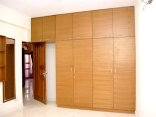 Wooden Wardrobe Online India homify Asian style bedroom Plywood