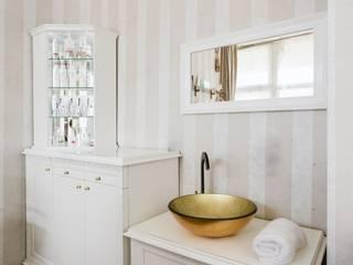Łazienka: styl , w kategorii Kliniki zaprojektowany przez Aleksandra Kurowska