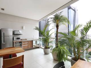 Escritório FL&P Consultória Contábil & Tributaria :   por Antonio Armando Arquitetura & Design