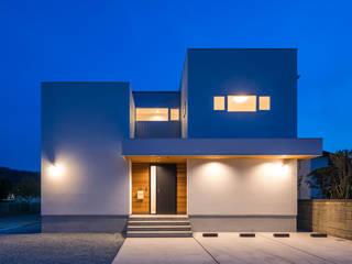 Modern houses by 中村建築研究室 エヌラボ(n-lab) Modern