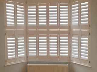 Bay Window Shutters Modern living room by London Interior Shutters Modern