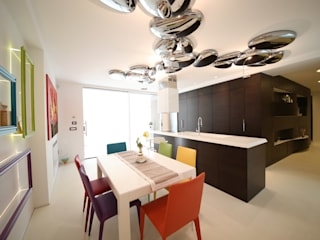 giochi di luce: Cucina in stile in stile Moderno di Studio di Segni