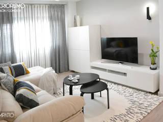 INTERIORISMO: abrimos espacios, Paterna Salones de estilo moderno de IMPATTO Moderno