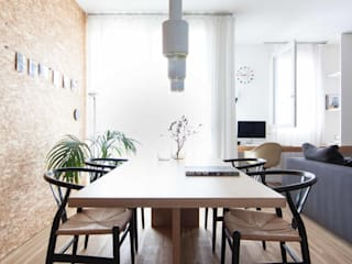 Minimalist dining room by Didonè Comacchio Architects Minimalist