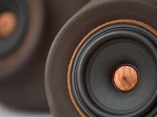 """MAPUGUAQUÉN STEREO Altavoces estéreo activos de gama completa de 4"""":  de estilo  por Documentary Design PE"""