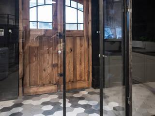 Artis Visio Koridor & Tangga Modern Beton Multicolored