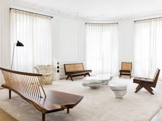 Appartement X Salon moderne par STUDIO RAZAVI ARCHITECTURE Moderne
