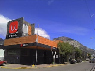 DISEÑO DE SUPERMERCADO EN COYHAIQUE UNIMARC: Espacios comerciales de estilo  por Dušan Marinković - Arquitectura - Santiago
