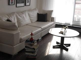 Salones de estilo  de 邑法室內裝修設計有限公司