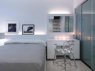 Chambre minimaliste par 邑法室內裝修設計有限公司 Minimaliste
