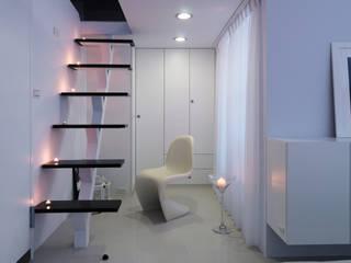 Corridor & hallway by 邑法室內裝修設計有限公司