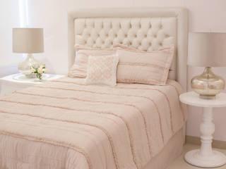 Dormitorios infantiles  de estilo  por Monica Saravia