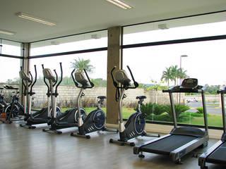 Residencial Saint Patrick : Fitness  por Legal bureau imobiliário