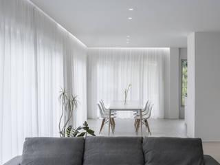Minimalistische Esszimmer von Melissa Giacchi Architetto d'Interni Minimalistisch