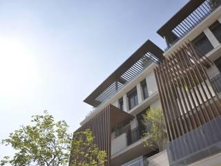 Casas modernas de 張德昌建築師事務所 Moderno