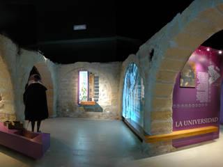 Centro de Interpretación RENACE Museos de estilo moderno de SUPERFLUIDO Moderno
