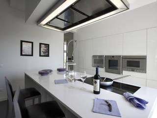 Cocinas de estilo  por Daniela Nori, Moderno
