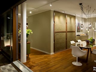 Moderne gangen, hallen & trappenhuizen van Chibi Moku Modern