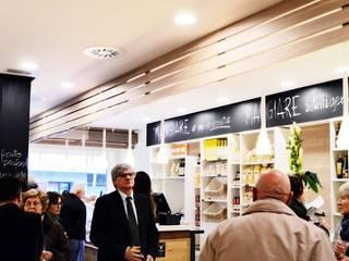 ristorante MeT - saluzzo - piedmont Gastronomia in stile moderno di davide sarotto architetto Moderno