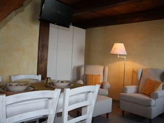 Bed and Breakfast montagna: Hotel in stile  di TU.LAB, Rurale