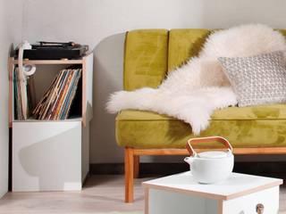 Schallplatten-Design-Regal StEck white:   von noook