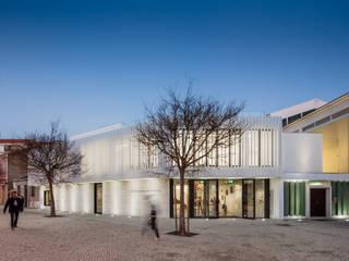 Nhà phong cách tối giản bởi Plano Humano Arquitectos Tối giản