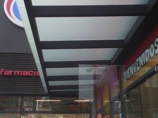 Techo construido en cristal: Restaurantes de estilo  por ALFIN EN MÉXICO