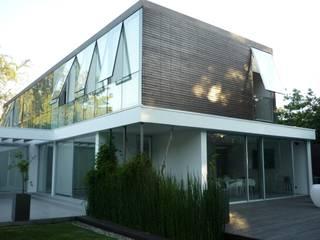 Casa Joullié Casas de estilo minimalista de Claudia Tidy Arquitectura Minimalista