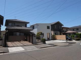 多世帯のコの字の家: ジュウニミリ建築設計事務所が手掛けた家です。