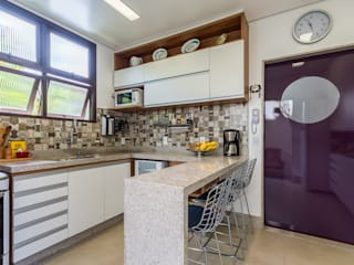 Mímesis Arquitetura e Interiores Kitchen Purple/Violet