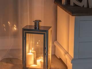 Die schönsten Laternen für Ihr Zuhause: modern  von Dekoria GmbH,Modern