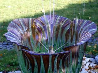 Rzeźba do ogrodu. Fontanna ze szkła. od W.Glass Studio