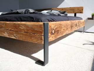 woodesign Christoph Weißer BedroomBeds & headboards Wood Brown