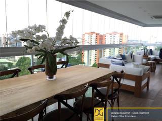 Rustic style balcony, porch & terrace by Estúdio DG Arquitetura Rustic