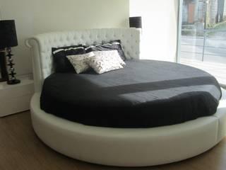 cama por Estofosvc Moderno