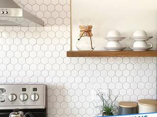 Modern kitchen by Antalya Fayans Ustası - 0 546 737 07 38 Modern