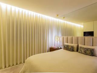Susana Camelo Modern style bedroom Beige